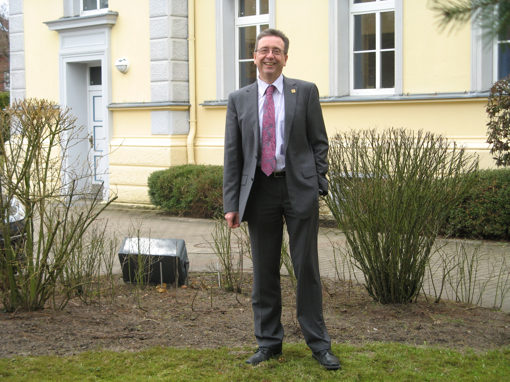 Martin Lochte-Holtgreven, Managing Director of Consist Software Solutions, in front of the company building in Kiel. Source: Consist Software Solutions